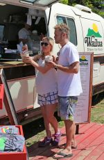 Heidi Montag Stopped by Wailua Shave Ice to get a frozen trea, Hawaii