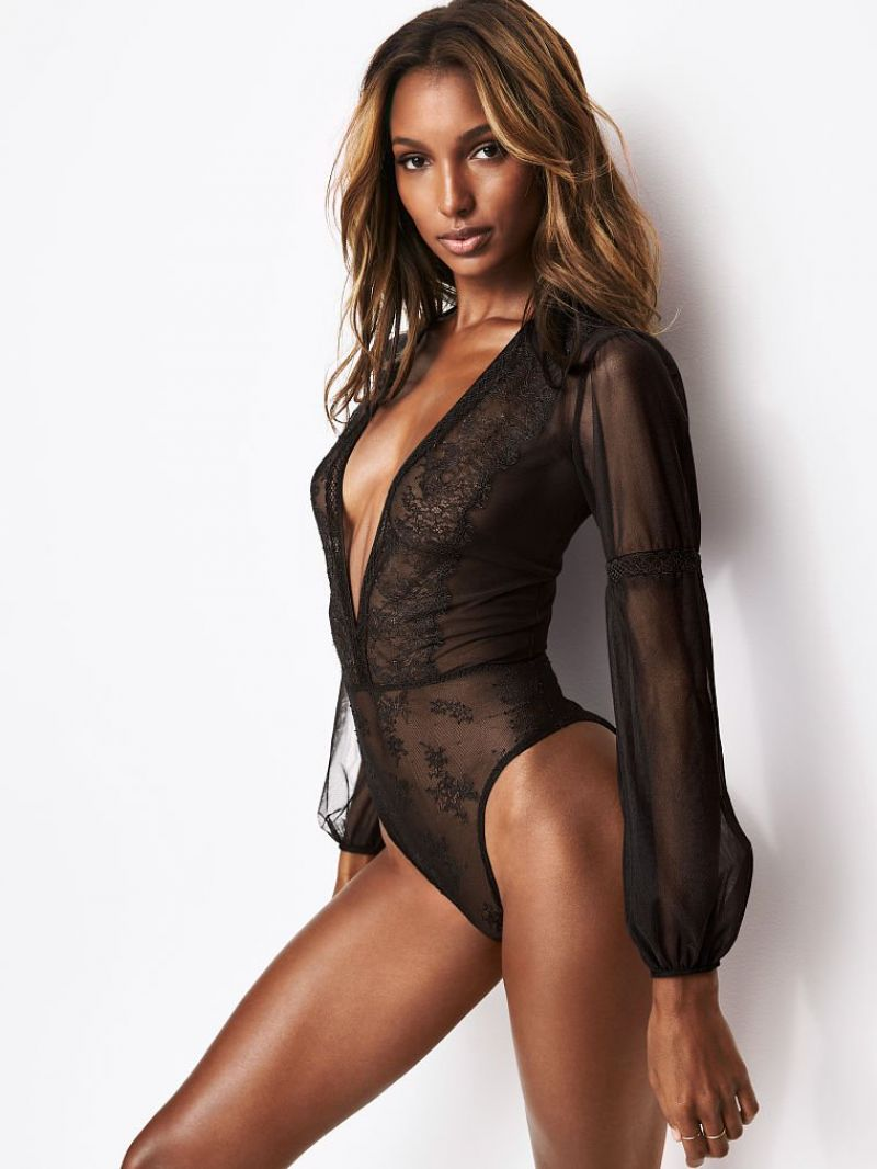 Jasmine Tookes Nude Photos 8