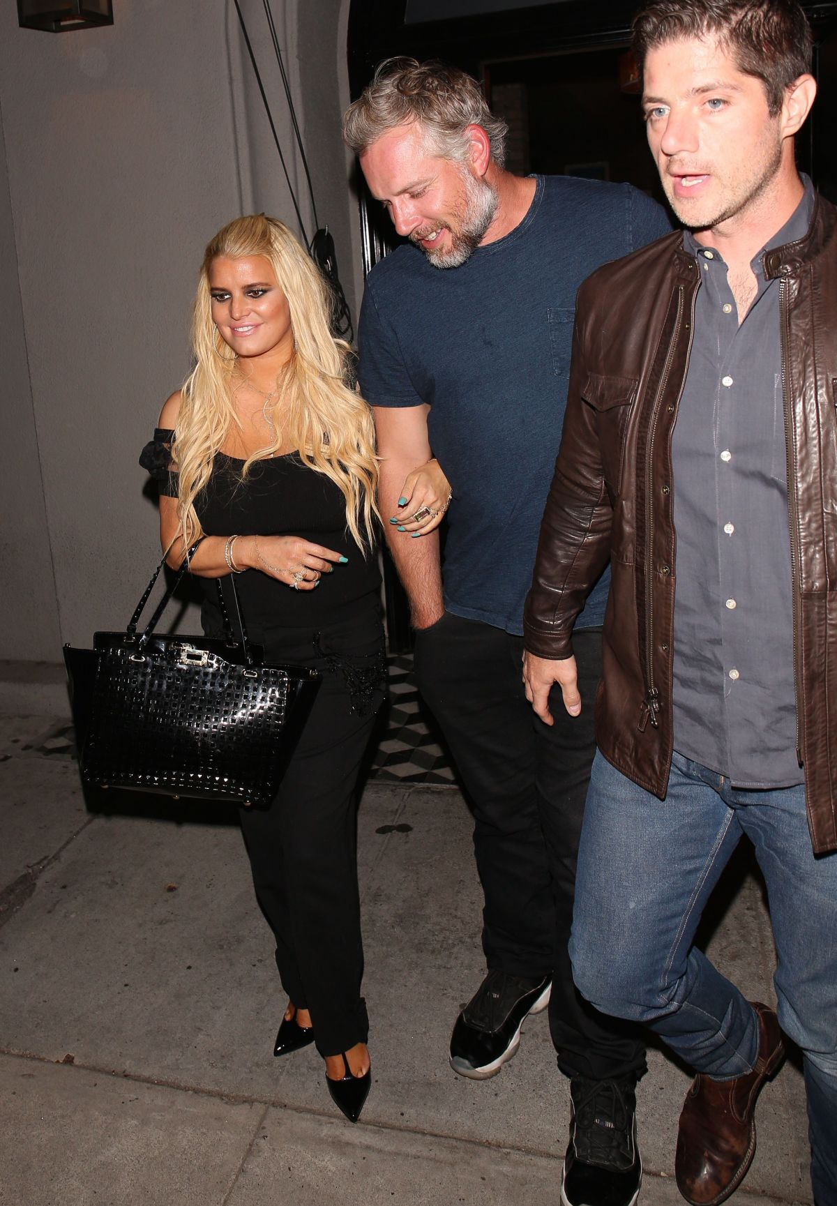 Jessica Simpson Spotted with husband Eric Johnson at Craig ...
