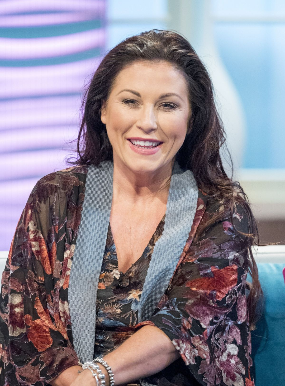 Jessie Wallace Nude Photos 30