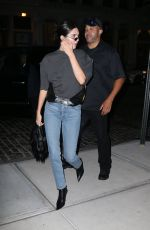 Kendall Jenner Shows off her comfy look during New York Fashion Week