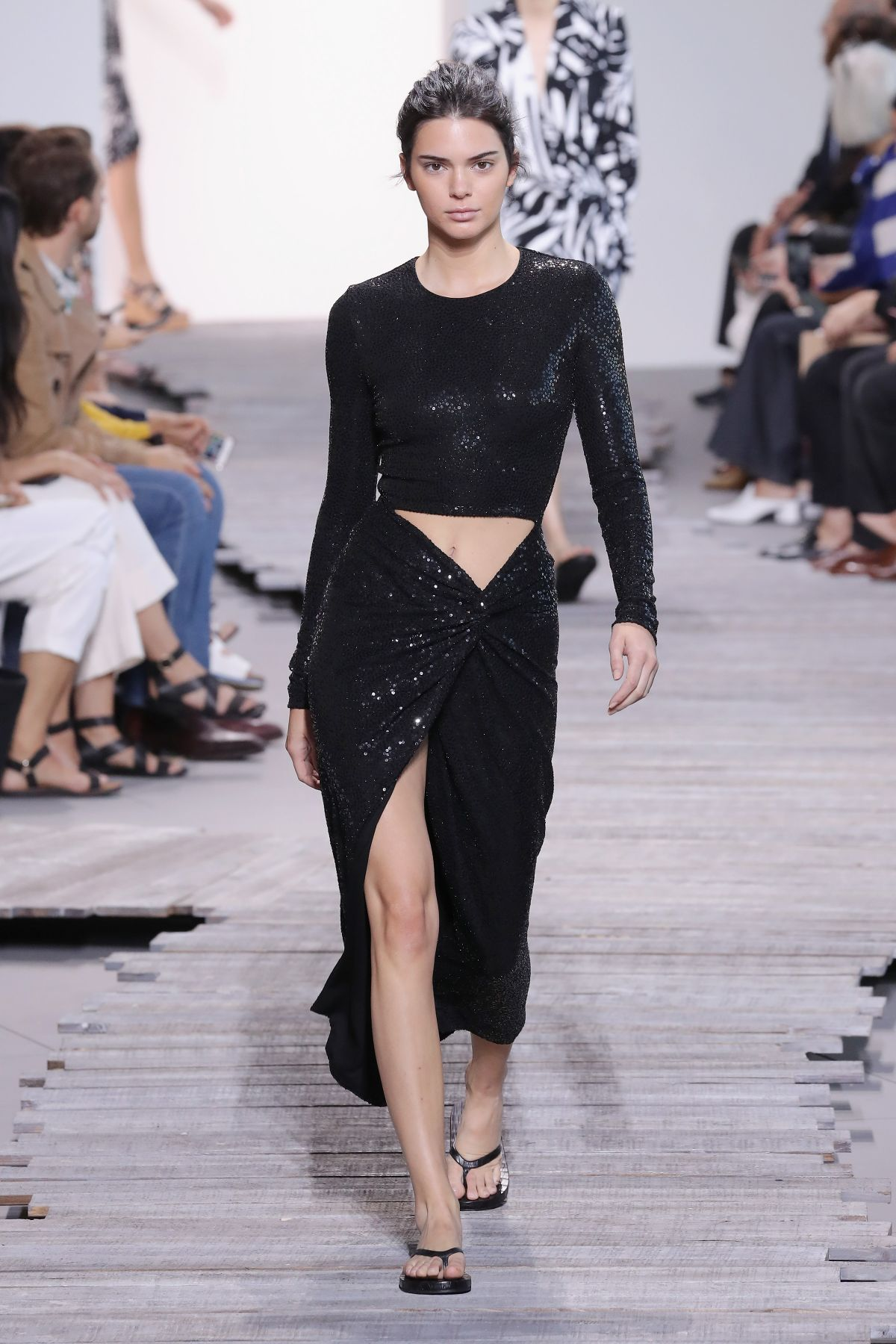 Kendall Jenner Walks The Runway For Michael Kors Fashion Show During Nyfw In Nyc Celebzz Celebzz
