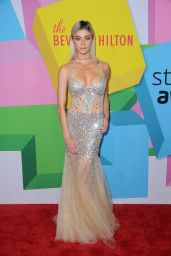 Kristen Hancher At 7th Annual Streamy Awards, Los Angeles