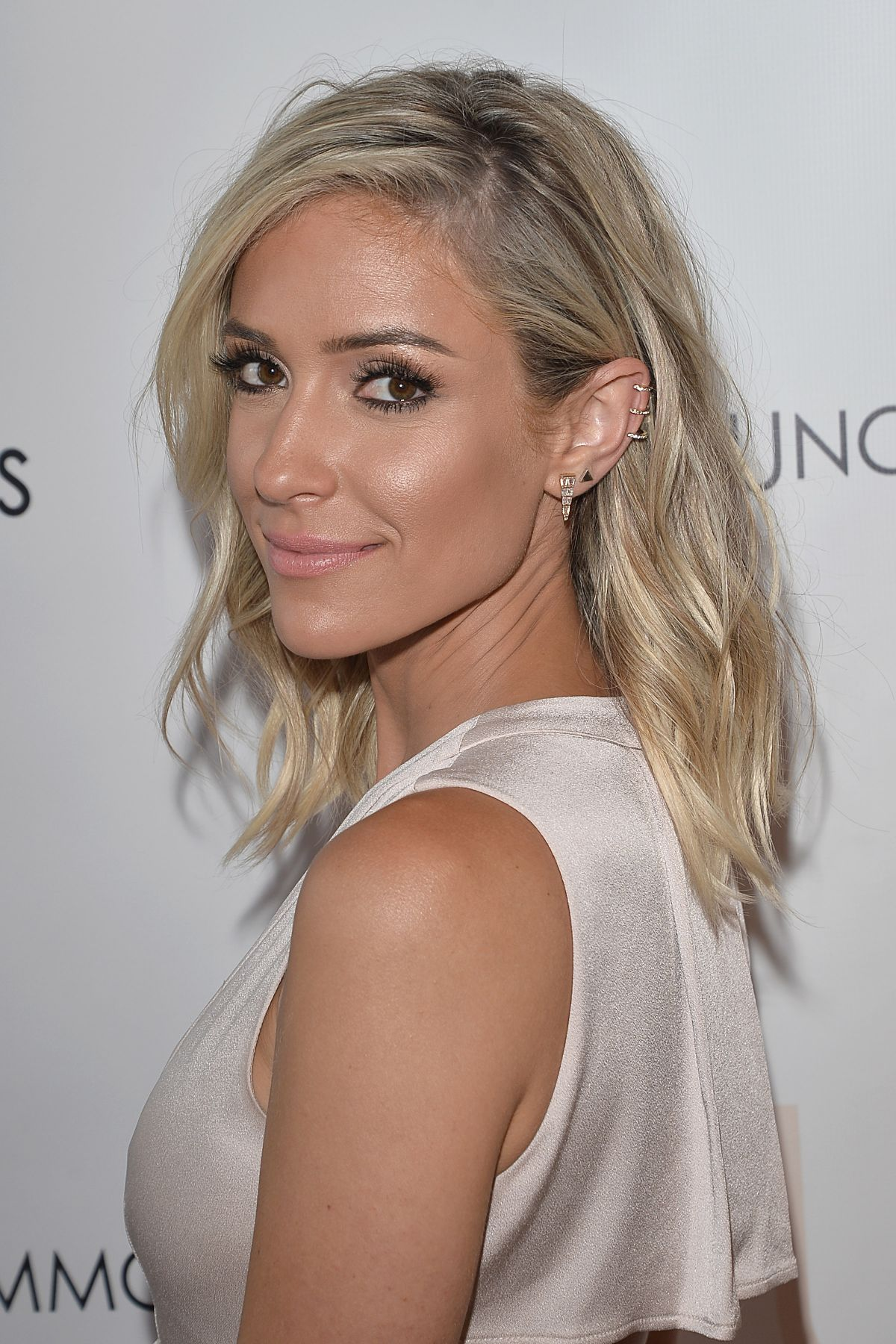 Kristin Cavallari At her pop up shop for Uncommon James ...