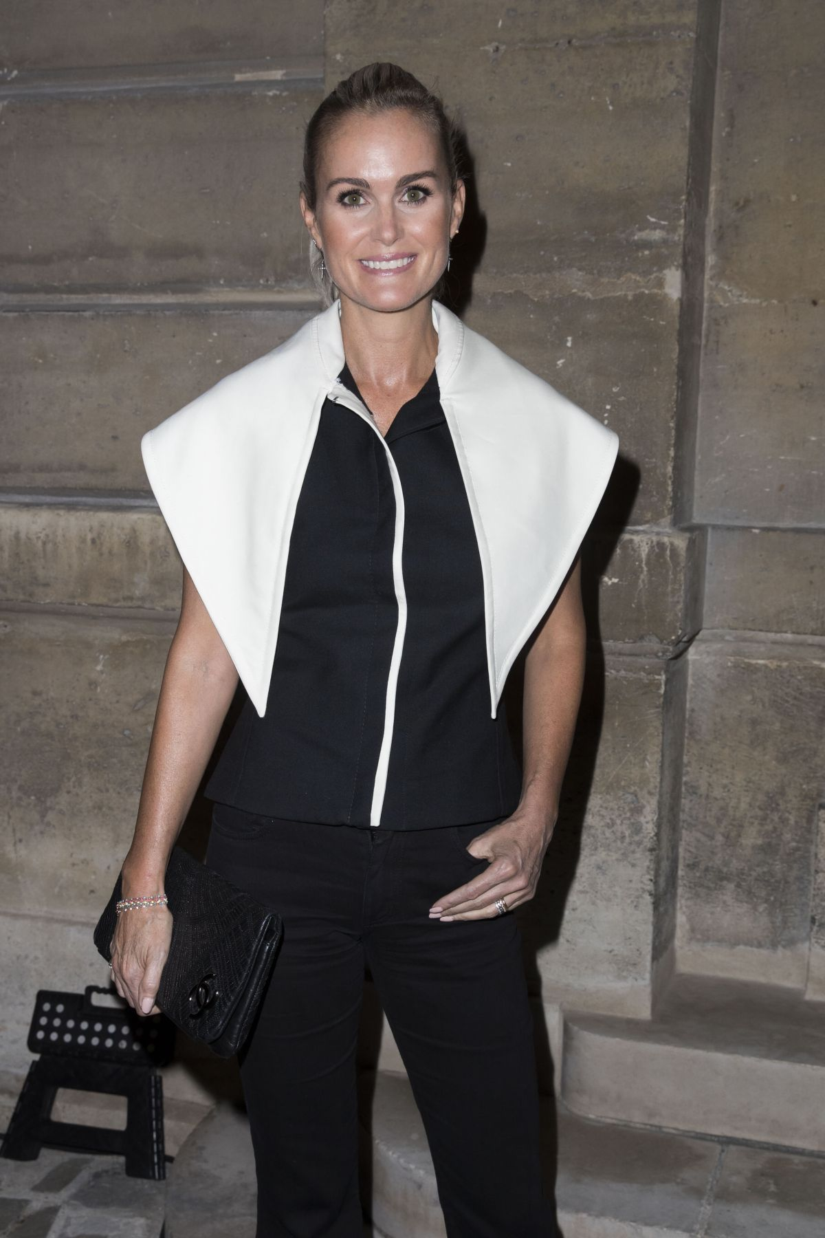 Laeticia Hallyday At Jacquemus Show Front Row Spring Summer 2018 Paris Fashion Week France