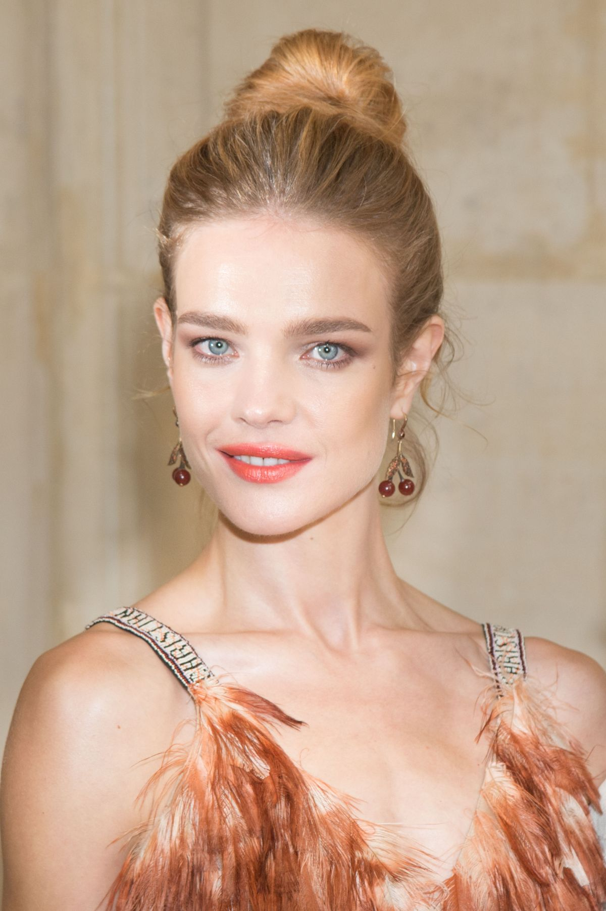 natalia vodianova at christian dior show spring summer