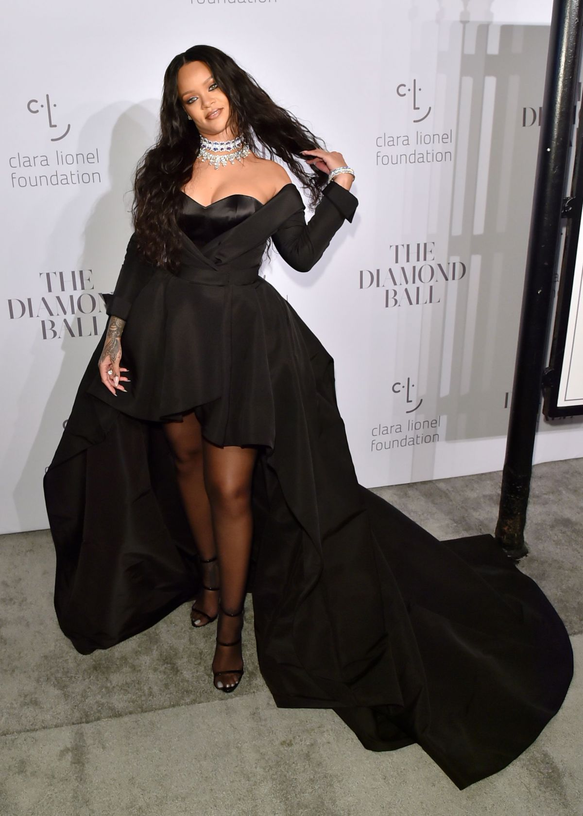 premium selection afba2 5ffca Rihanna Attends her 3rd Annual Clara Lionel Foundation ...