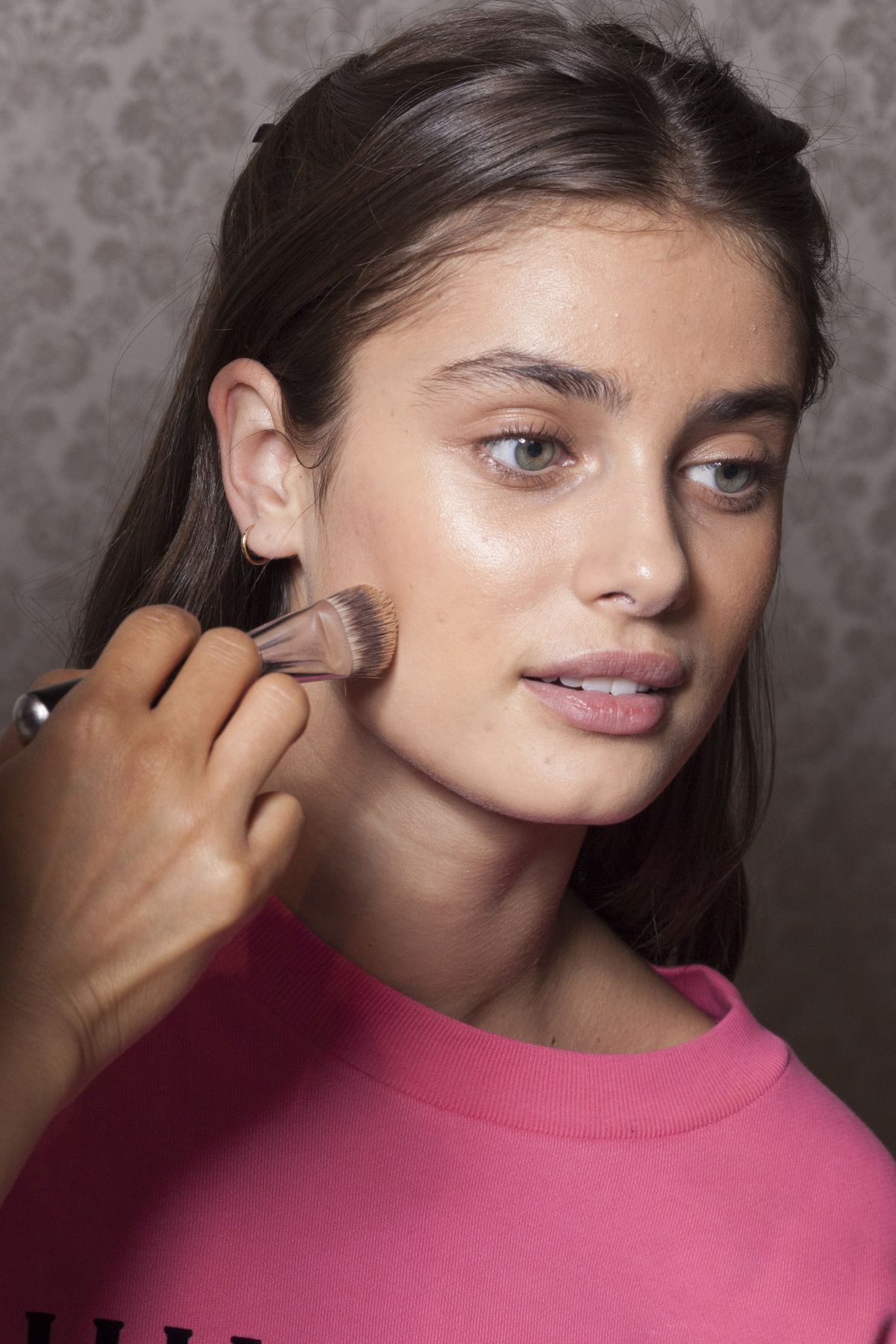 Taylor marie hill at philosophy springsummer 2018 backstage celebzz taylor marie hill at philosophy springsummer 2018 backstage altavistaventures Choice Image