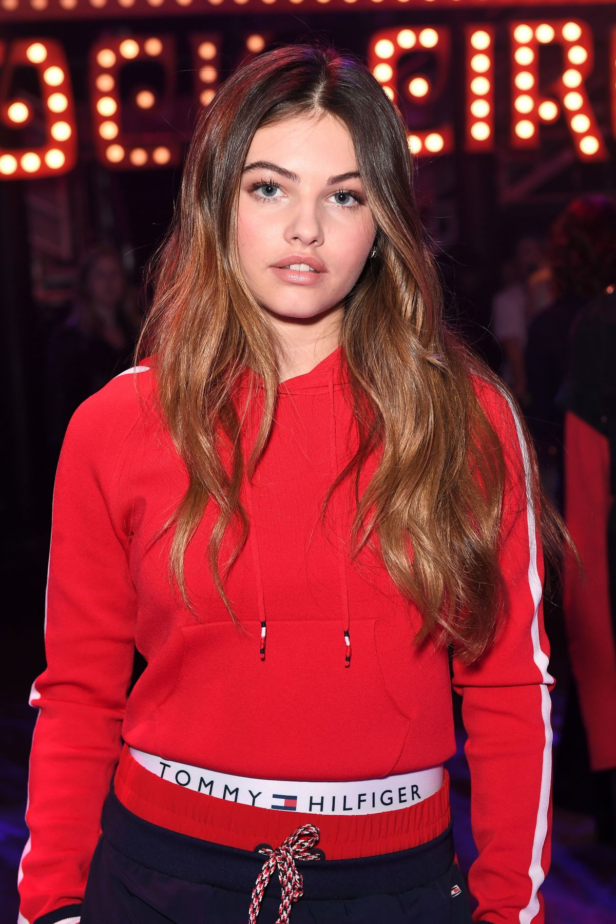 thylane-blondeau-at-tommy-hilfiger-s-s-2018-show-in-london_1.jpg