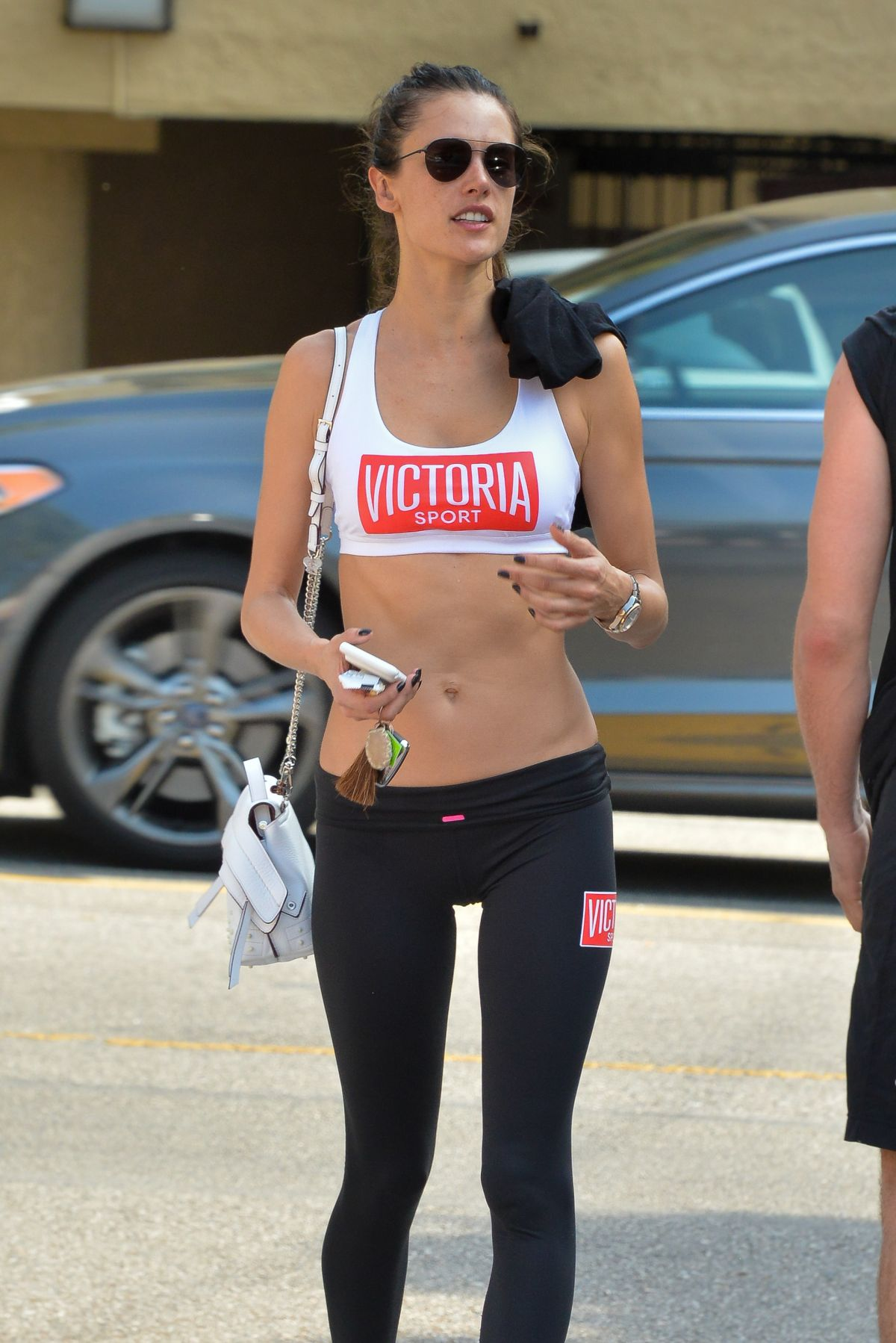 Alessandra Ambrosio Hits the gym in Brentwood
