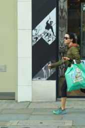 Andrea Corr Shopping on Kings Road in Chelsea
