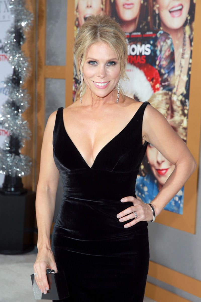 Pics Cheryl Hines nude (77 photo), Tits, Is a cute, Boobs, braless 2015
