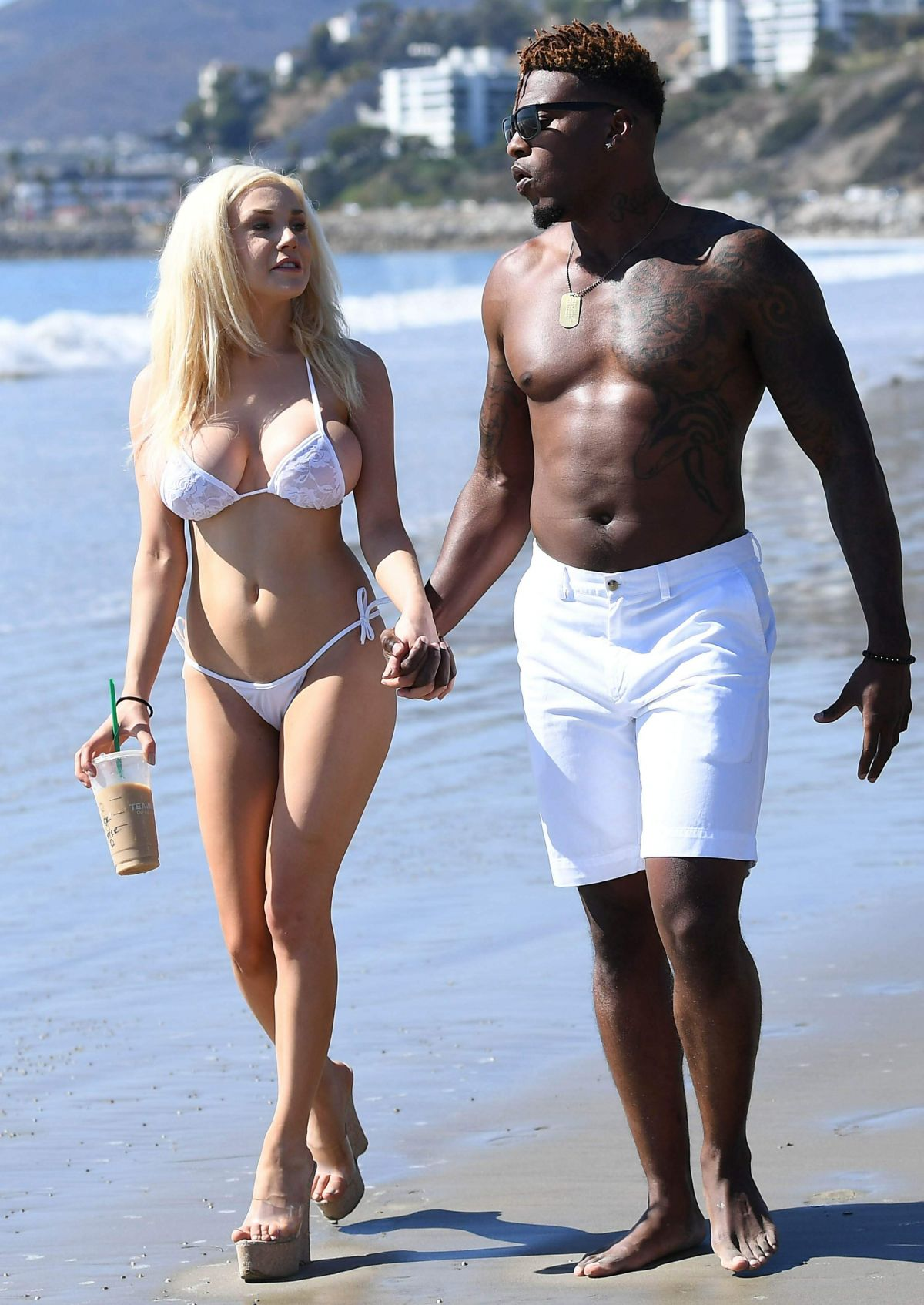 courtney-stodden-on-the-beach-in-malibu-21.jpg