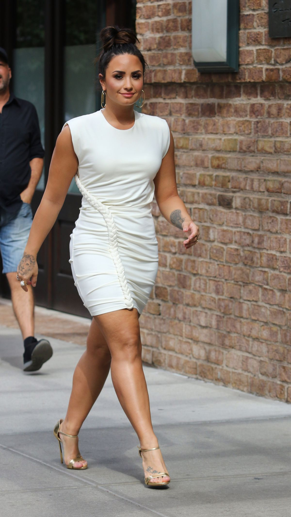 Demi Lovato Out and about in Manhattan's Tribeca ...