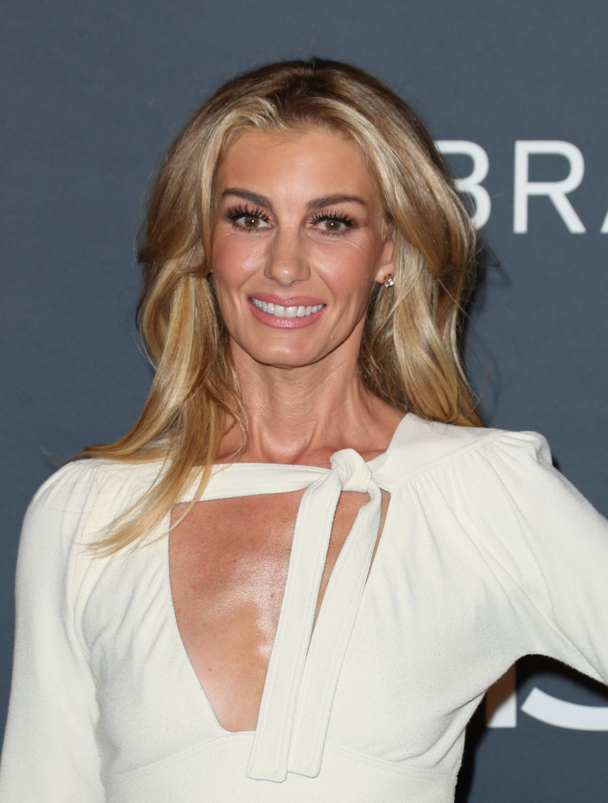 Faith Hill At 2017 Instyle Awards in Los Angeles