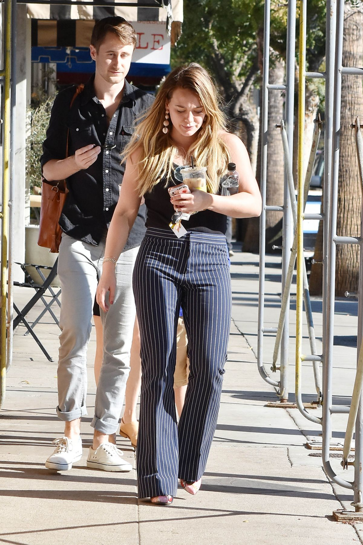 Hilary Duff Grabs an Iced Coffee in Studio City