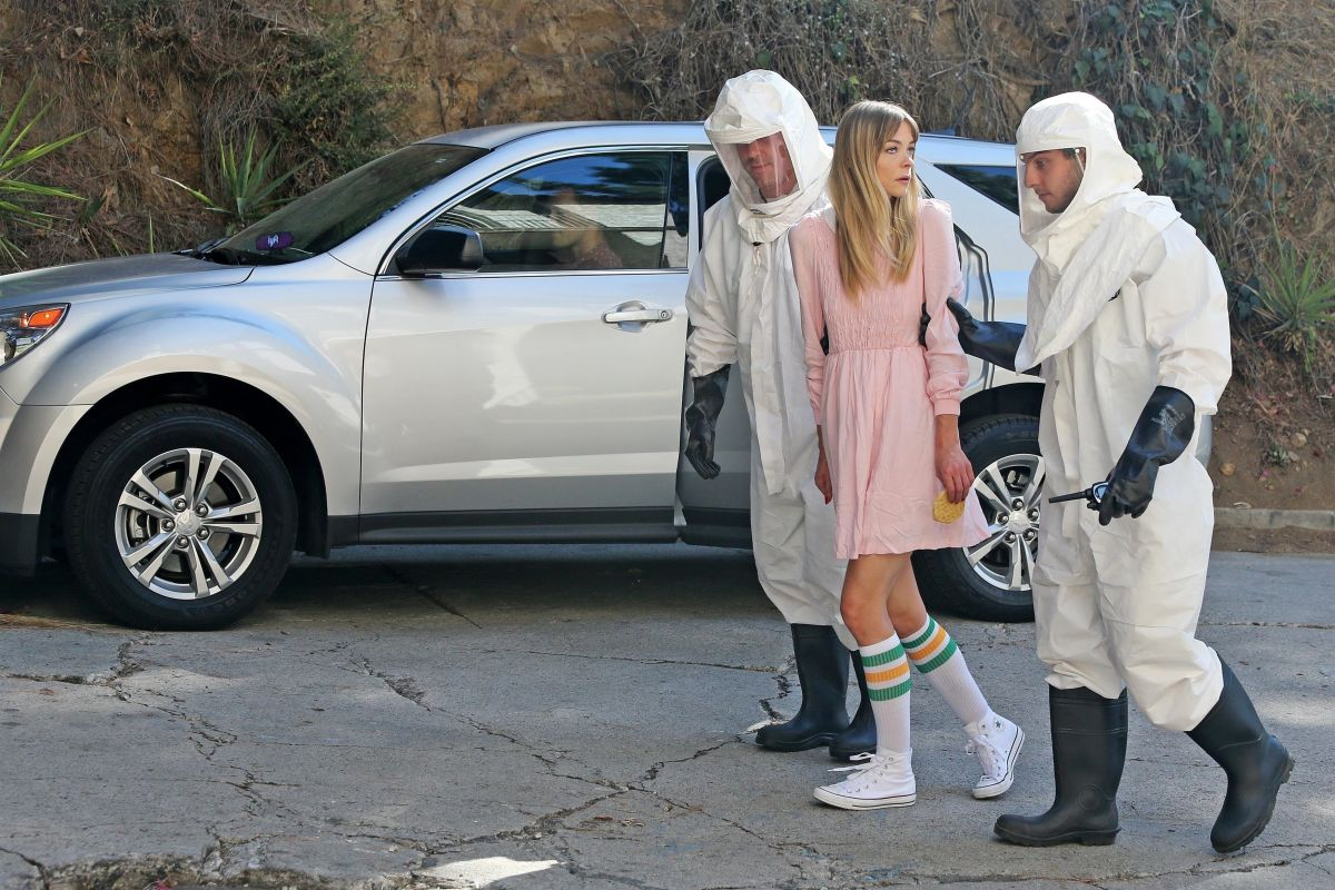 Jaime King Seen while promoting Lyft & Stranger Things 2 dressed as Eleven in Beverly Hills