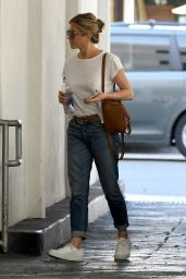 Jennifer Aniston Out in Beverly Hills