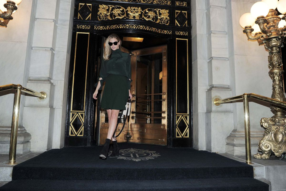 Kate Upton Leaving The Plaza Hotel in NYC