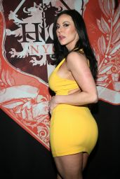 Kendra Lust At HeadQuarters Gentlemen