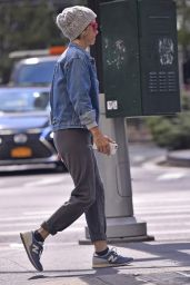 Kristen Wiig Out & about in New York City