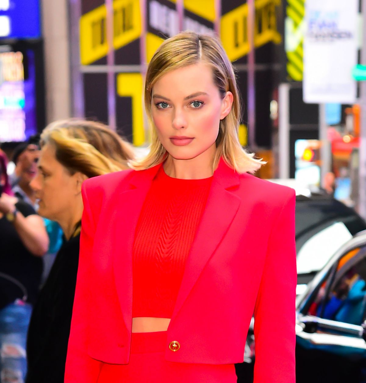 Good Morning America Nyc : Margot robbie visits the abc studios for good morning