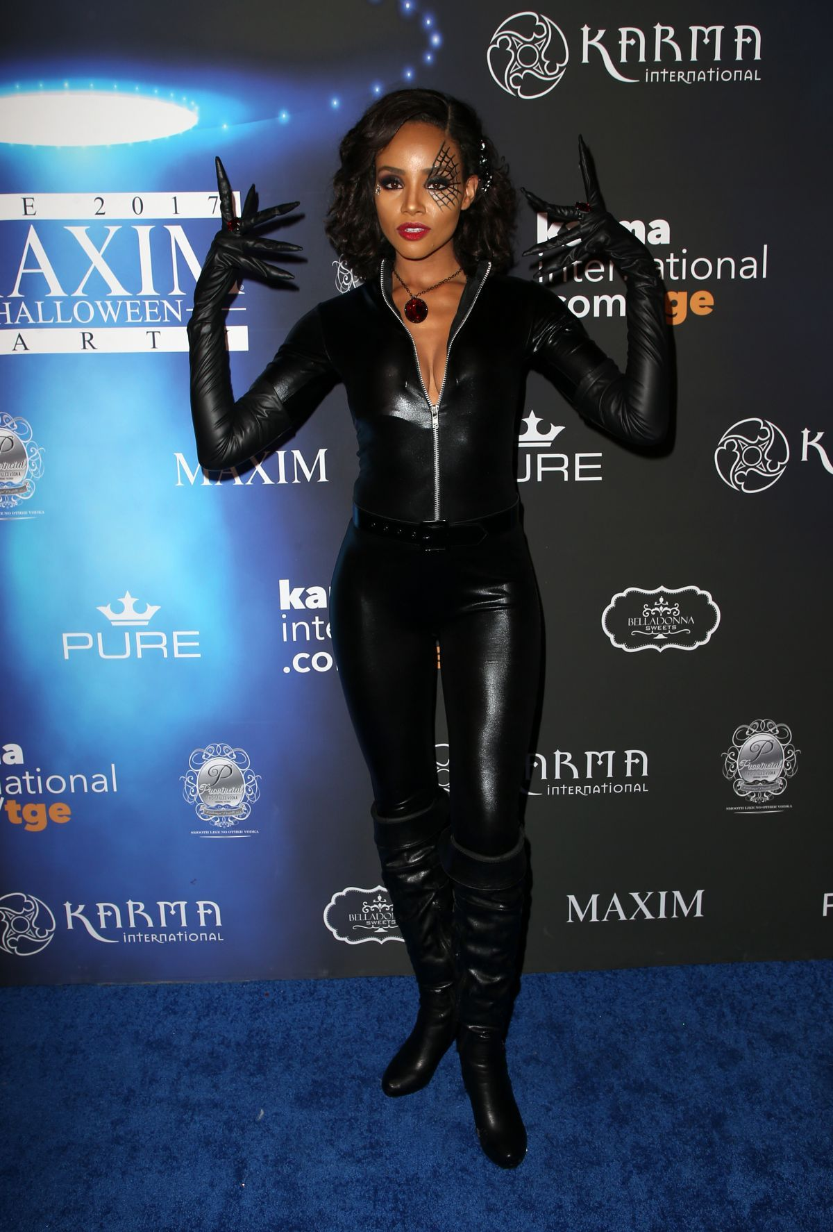 Meagan Tandy In Skintight Black Catsuit - 2017 Maxim Halloween Party in Los Angeles