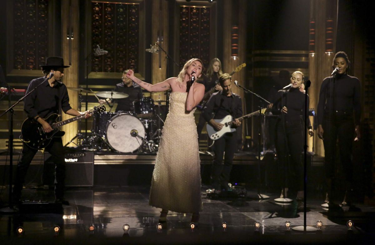 Miley Cyrus On The Tonight Show Starring Jimmy Fallon In