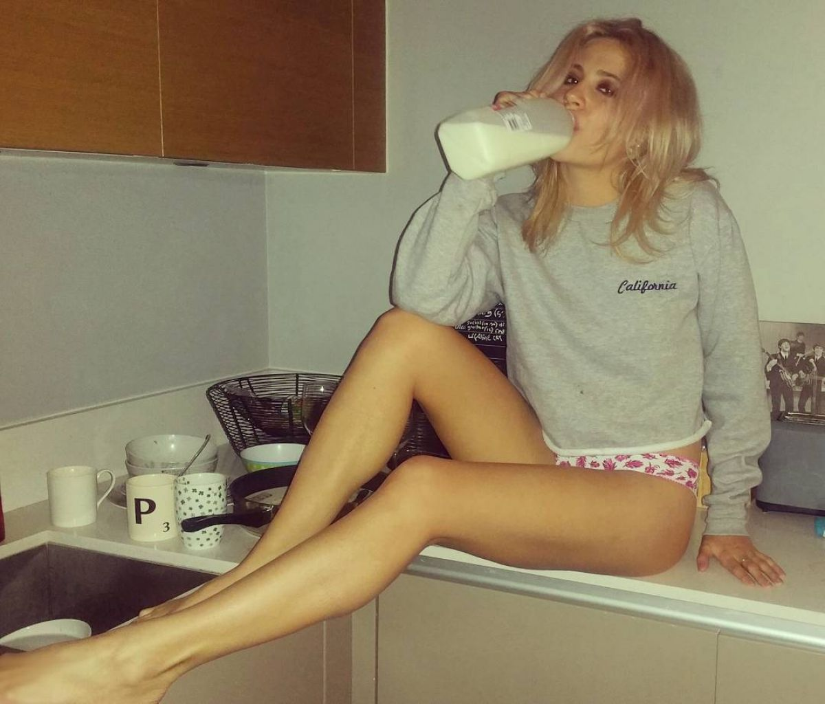 Pixie Lott - Social Media Thread