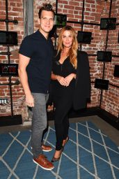 Poppy Montgomery At Much Love Animal Rescue Spoken Woof , Los Angeles