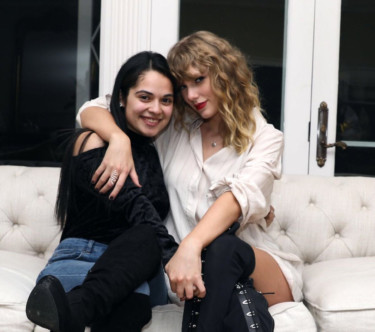 Taylor Swift At 'Reputation' Secret Sessions at her home ...