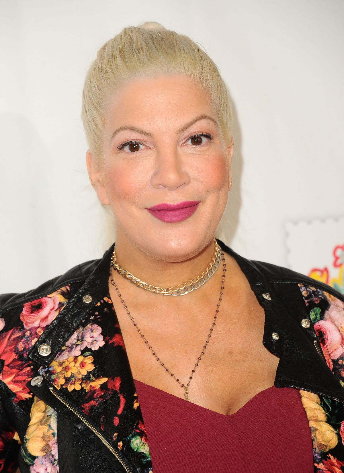 Tori Spelling Attends the Elizabeth Glaser Pediatric Aids Foundation in Culver City