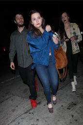 Abigail Breslin Goes to Catch restaurant with her friends in West Hollywood