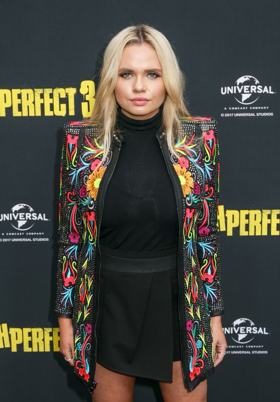 Alli Simpson At Australian Premiere of Pitch Perfect 3 in Sydney, Australia
