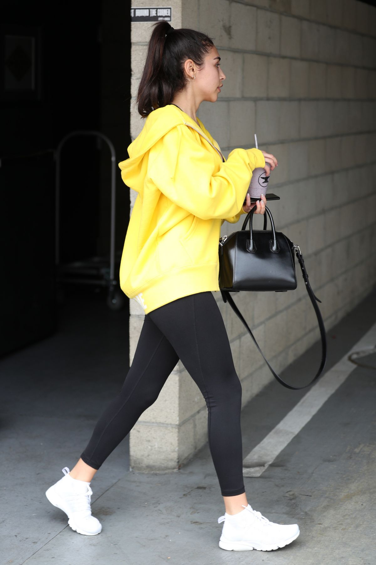 Chantel Jeffries At the gym in LA