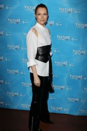 Darby Stanchfield At Vulture Festival - Scandal Panel in Los Angeles