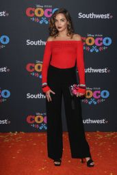 Georgie Flores Attends the premiere of
