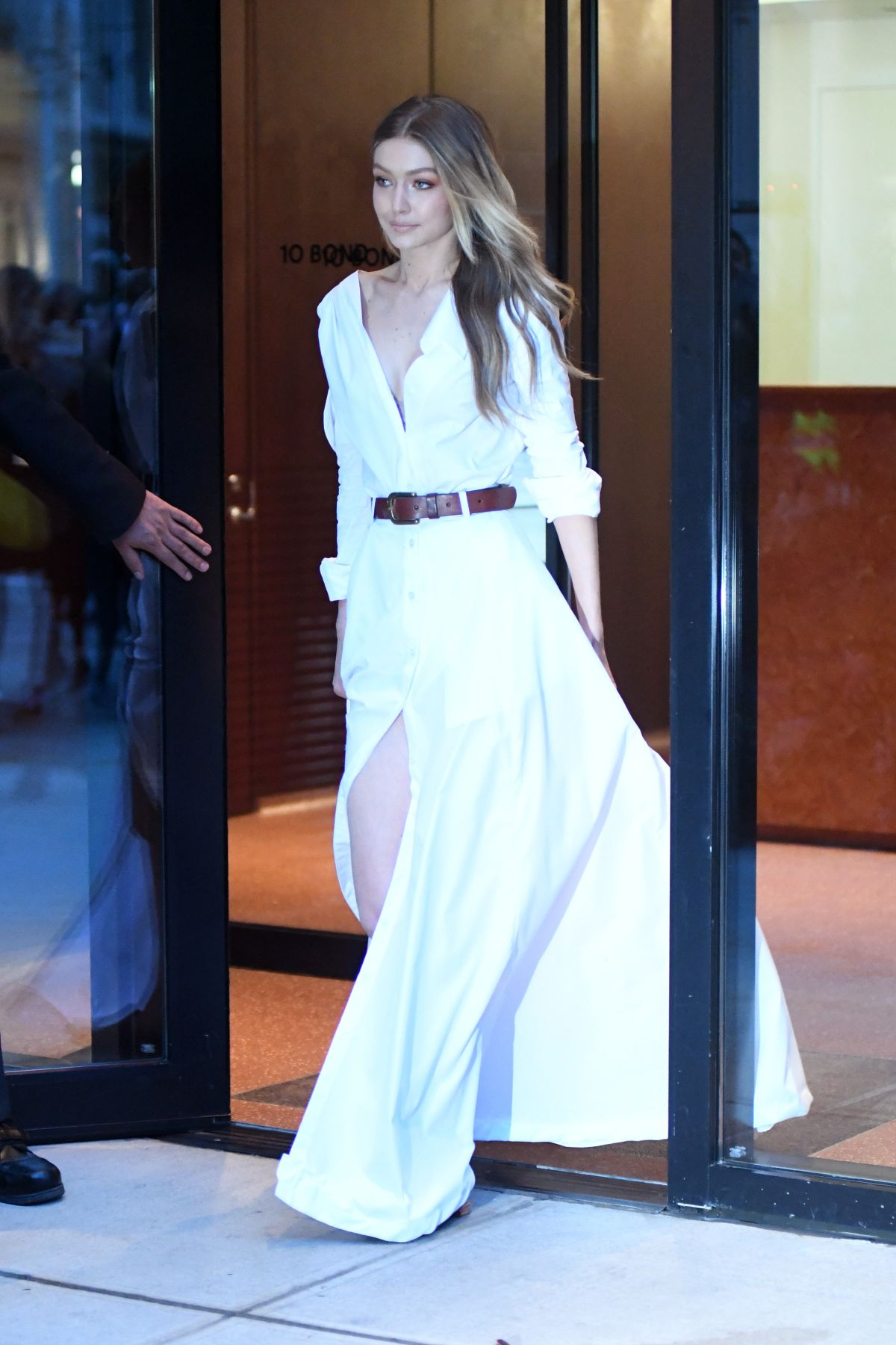 Gigi Hadid Spotted Leaving Her Apartment And Heading To Jimmy Fallon Show In Nyc