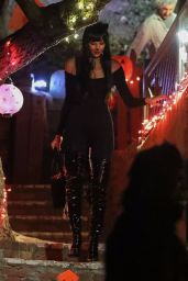 Irina Shayk and Kate Hudson were spotted going Trick or Treat in Brentwood
