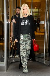 Jenny McCarthy Out in New York