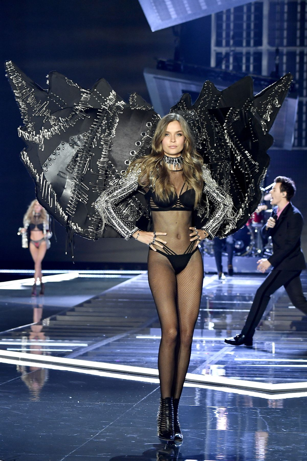 Victoria S Secret Fashion Show  Punk Angels