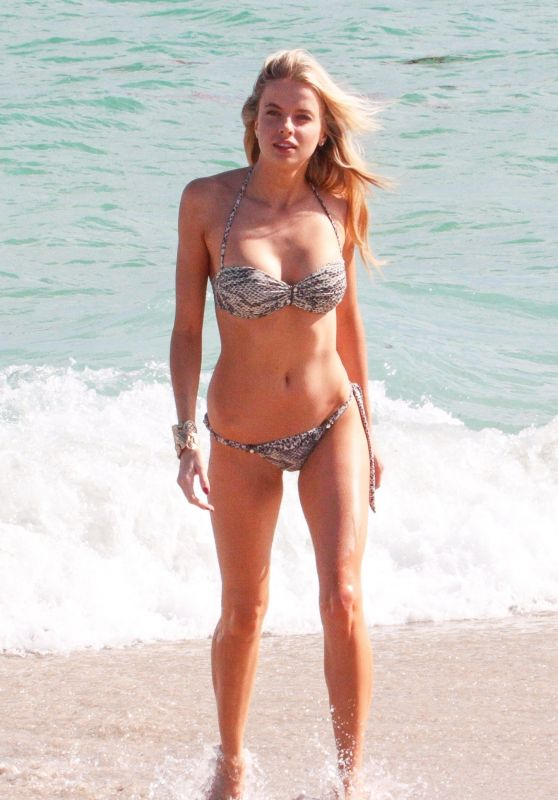 Louisa Warwick Enjoys another day at the beach in Miami