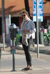 Alessandra Ambrosio Hits the gym in Los Angeles