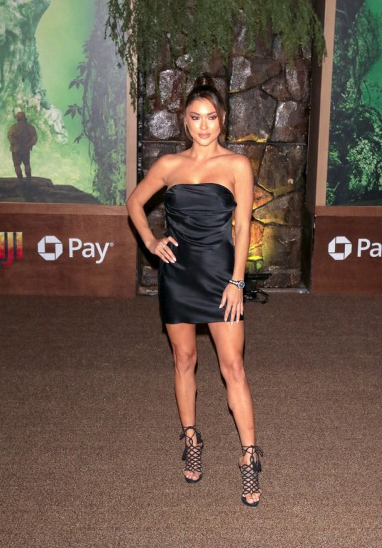 """Arianny Celeste At """"Jumanji: Welcome To The Jungle"""" premiere in Hollywood"""