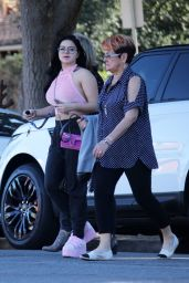 Ariel Winter Heads to lunch with her family in LA