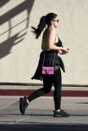 Ariel Winter Leaving the gym in Los Angeles
