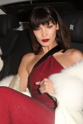 Bella Hadid Arriving at her hotel in London