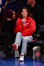 Bella Hadid At the Knicks/Lakers game in NYC