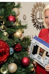 Denise Van Outen Launches Bellamianta Luxury Tan Christmas sets in Boots stores across Ireland, Dublin