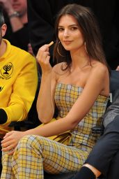 Emily Ratajkowski Attends a basketball game between the Los Angeles Lakers and the Houston Rockets in LA